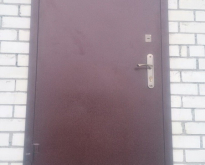 Metallicheskaia dver`_1