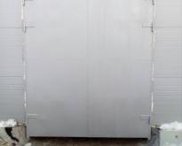 Vorota garazhny`e raspashny`e2